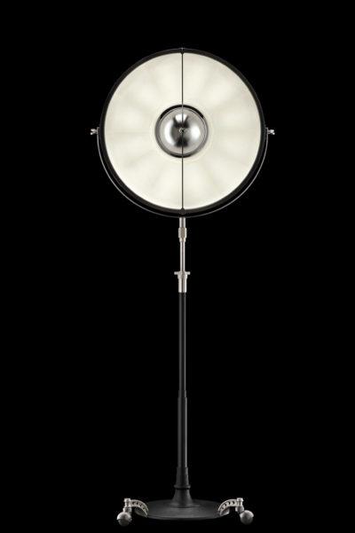 Fortuny Atelier 63 Stehleuchte aus Schwarz und Weiß