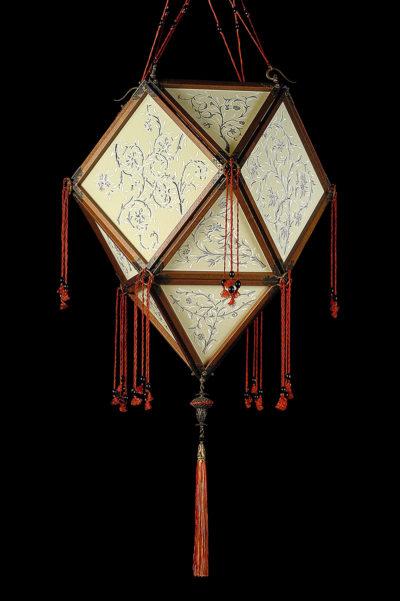 Fortuny Concubine Imperiale Seidenleuchte mit Holzkonstruktion