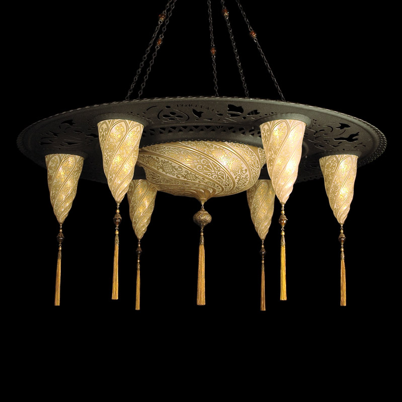 Fortuny Sultan Scudo Saraceno glass gold lamp with 6 shades