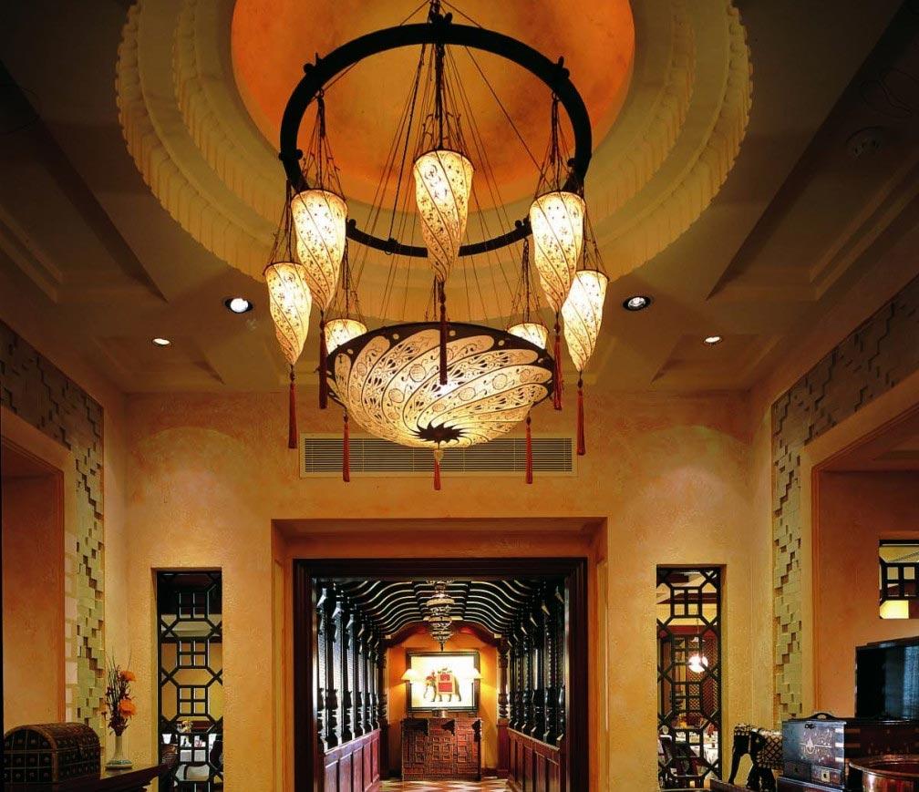 Ashiana-Restaurant Dubai - Scudo Saraceno und Cesendello Fortuny Leuchten