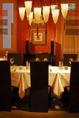 Eastwest Restaurant Switzerland mit der Scheherazade Leuchte