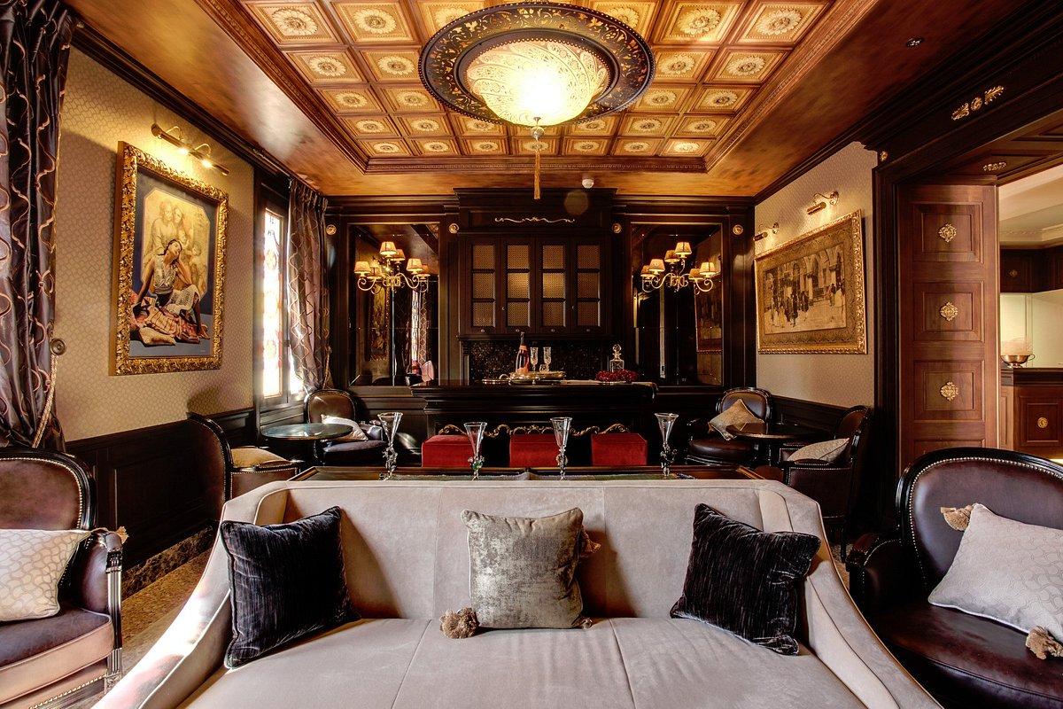 Moresco Hotel in Venedig Mit Glasleuchte Fortuny