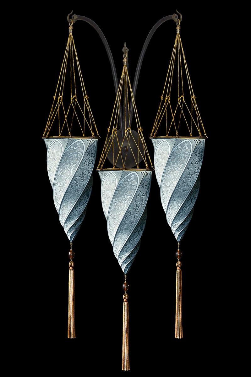 Fortuny Cesendello hellblaue Dreifachbogen-Seidenwandleuchte