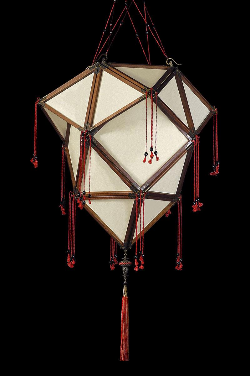 Fortuny Concubine Proibita Plain Seidenleuchte mit Holzkonstruktion