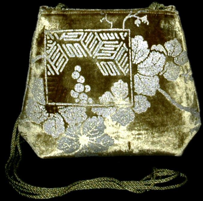 Fortuny Gioia olivgrüne handbedruckte Samttasche