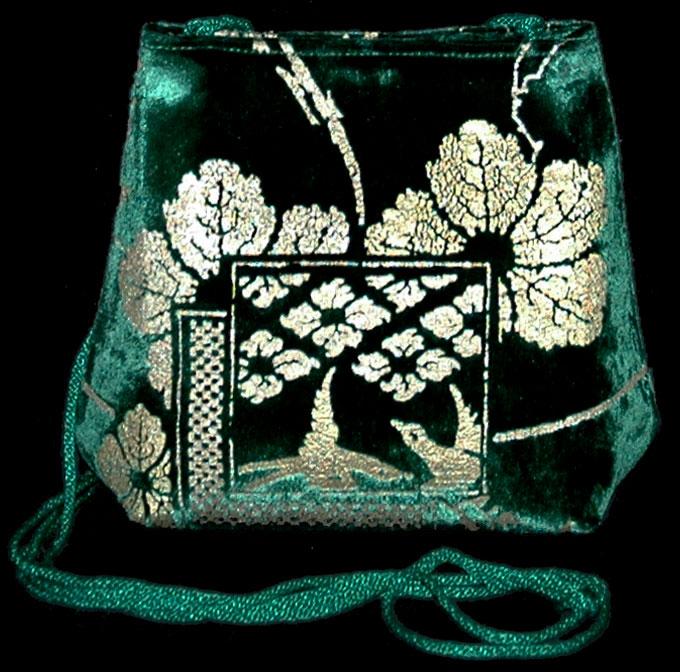 Fortuny Gioia 555 grüne handbedruckte Samttasche