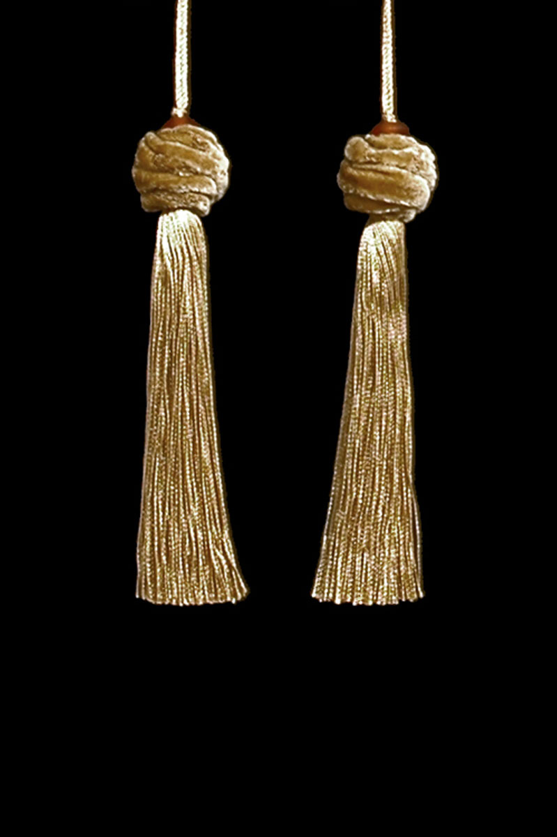 Venetia Studium Turbante gold couple of tassels