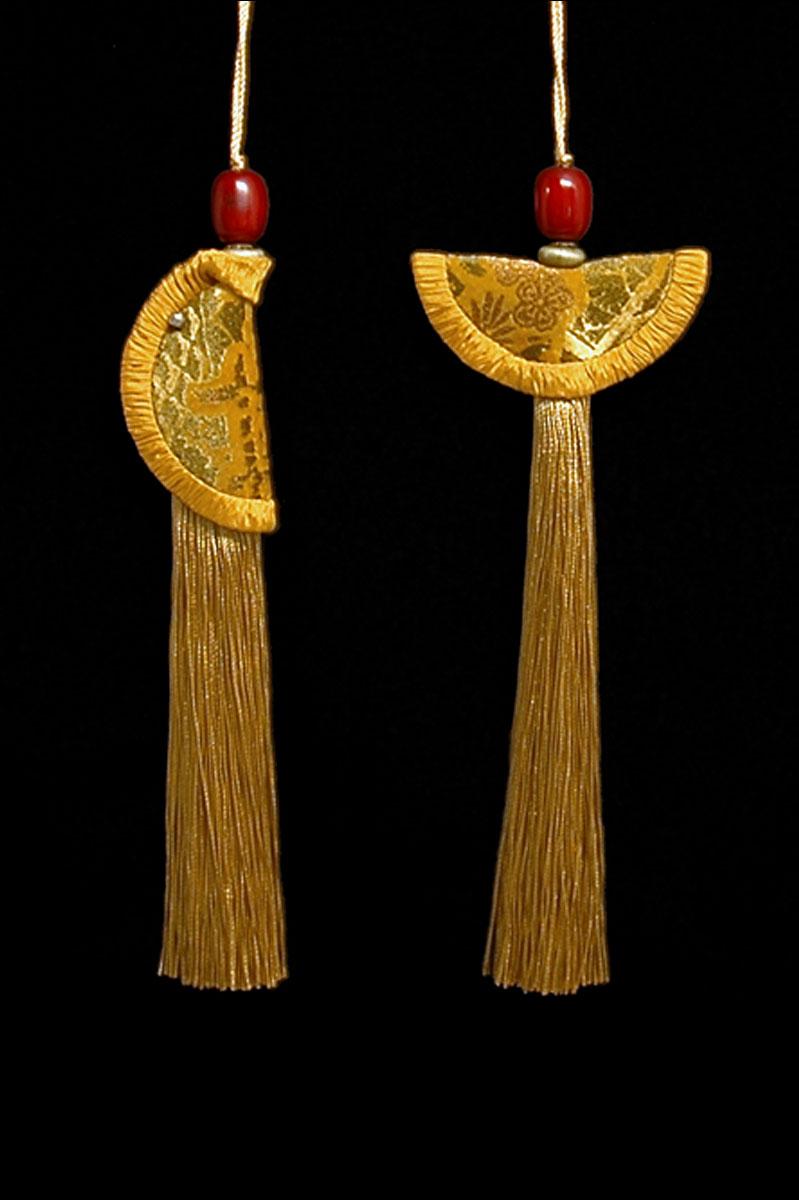 Venetia Studium couple of gold Geisha & Samurai key tassels
