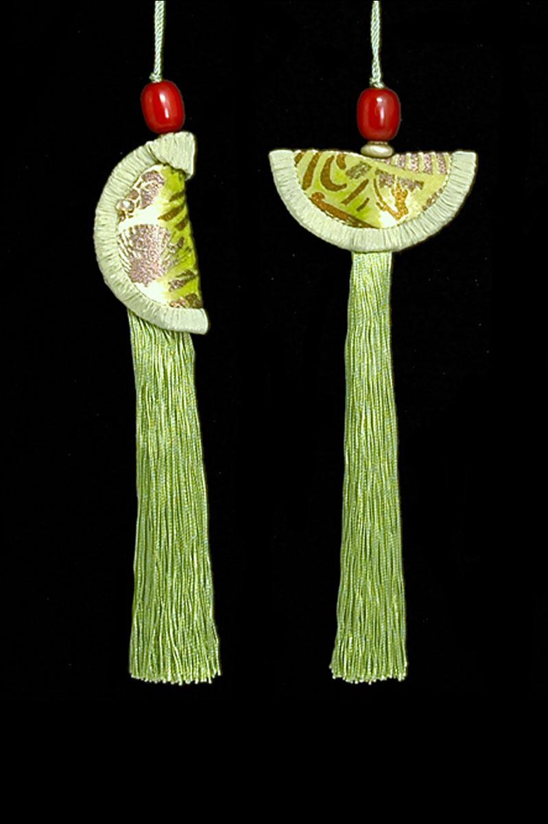 Venetia Studium couple of pale sage green Geisha & Samurai key tassels